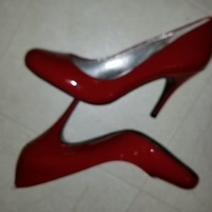 NWOT Candy Red Jessica Simpson Heels size 10